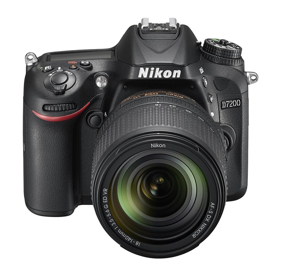 Nikon D7200 Üst
